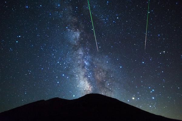 【「星流る(ほしながる)」~今年もペルセウスの夜に願いを込めて】 tenki.jp/suppl/saijiki_… 毎年8月のお盆の頃に極大を迎える「ペルセウス座流星群」、今年は12~14日の間が.. pic.twitter.com/oAMWJwqK3k