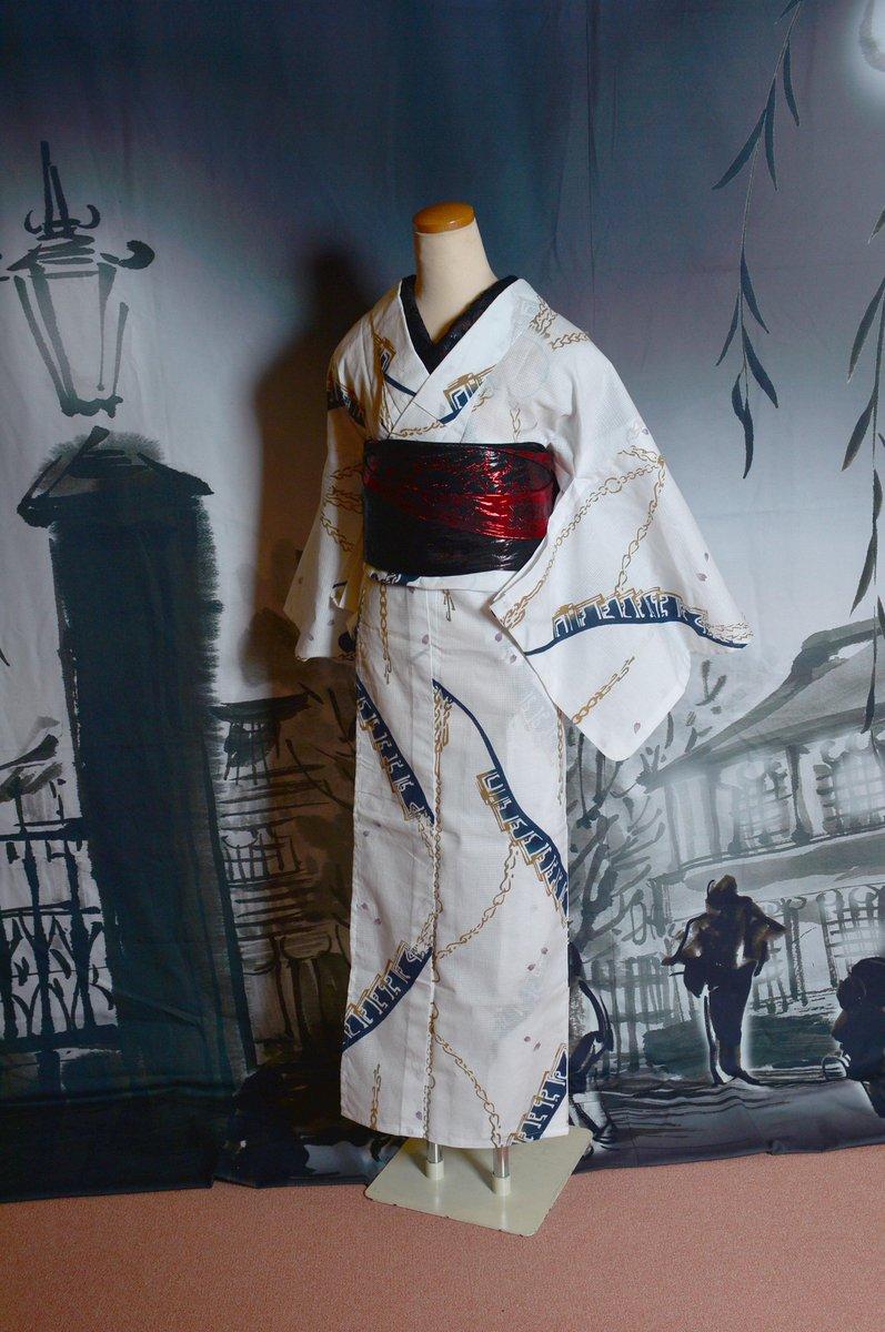 ファミリーマート「刀剣乱舞-ONLINE- 任務開始キャンペーン」当社デザインワークの浴衣、先日届きましてボディに着せて撮影しました。日常でお召しになった想定で着付けしてみました。#刀剣乱舞 #浴衣 #yukata #rumirock http://t.co/waJnsWmo2U