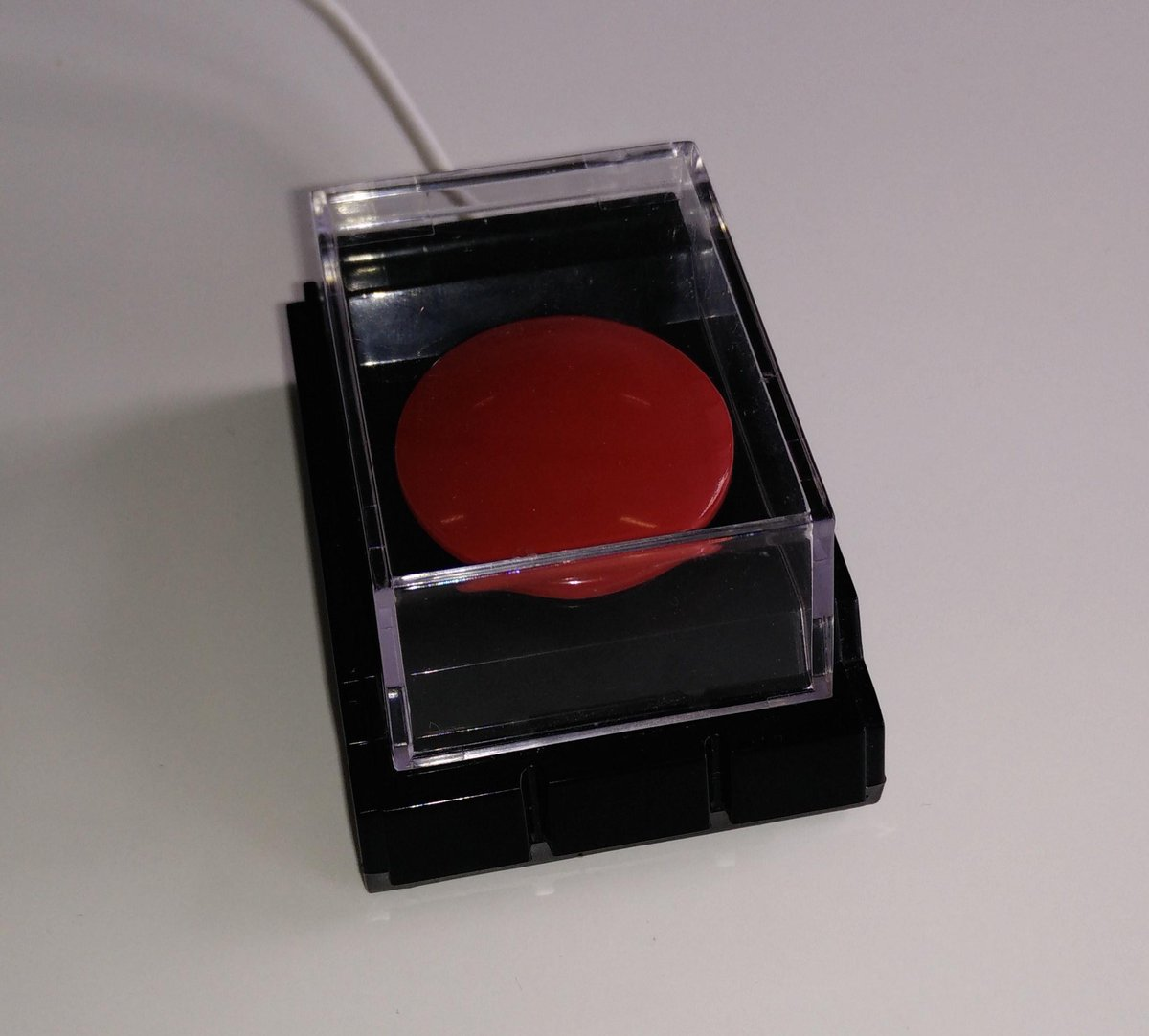 """""""this is going to hurt you more than it hurts me"""" - the button we used to shutdown the Firehose Today http://t.co/1AsUO0TzXL"""