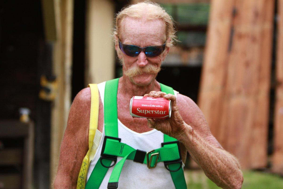 How Old Is Johnny Jett Barnwood Builders | MyCoffeepot.Org