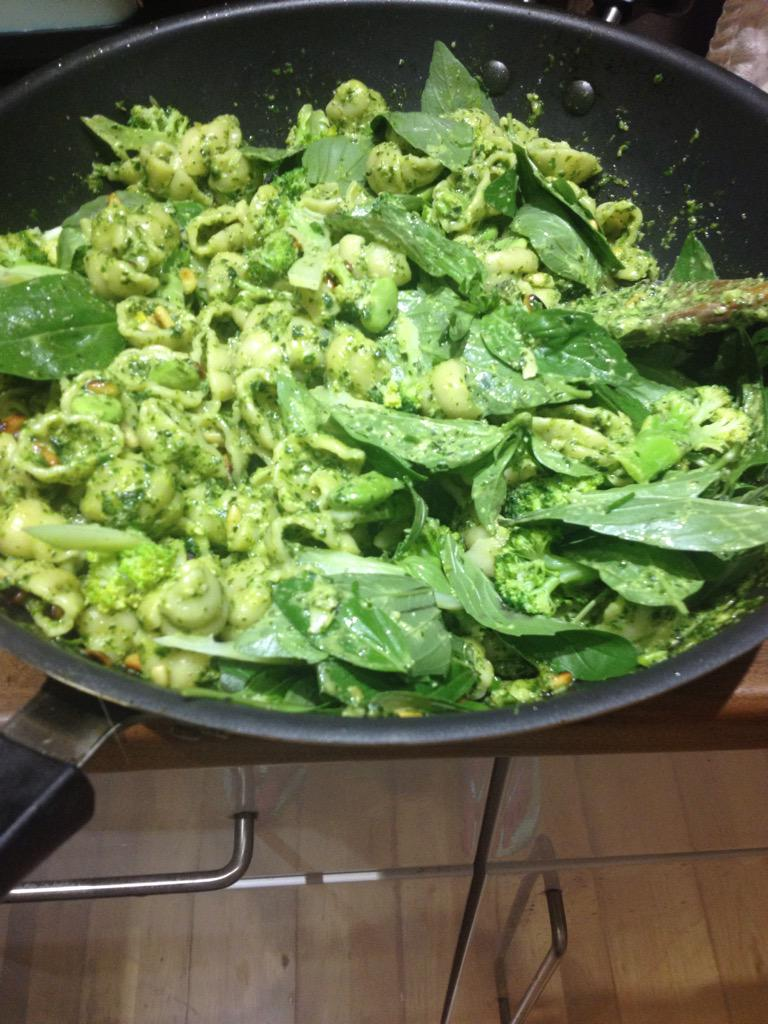 #NTWGreenWeek #vegan feast item #2: Pesto pasta grown at home: parsley, chard, kale, chives, broccoli, broad beans... http://t.co/FmMh8z9g0l