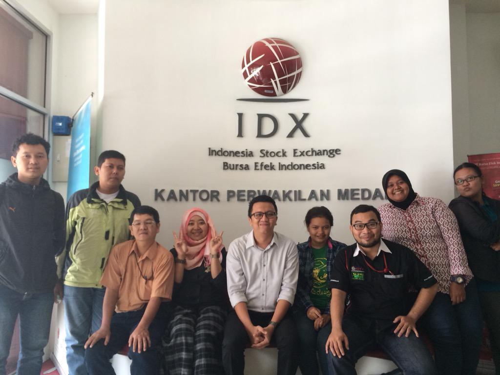 Bersama teman-teman media yang ada di Kota Medan