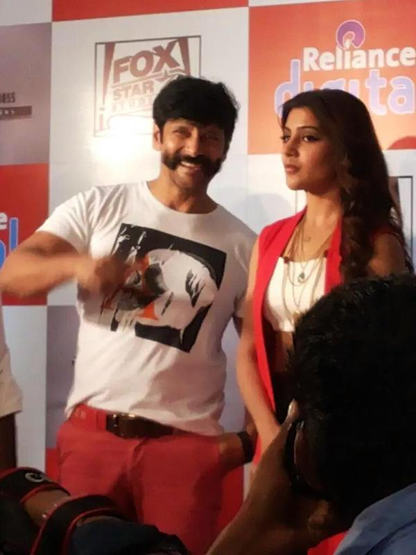 Vikram and Samantha in 10 Endrathukulla Teaser Launch.