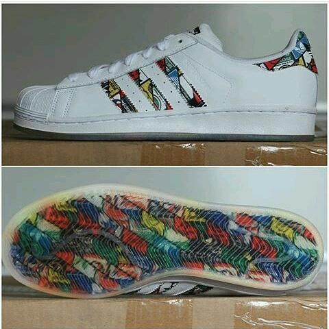 Adidas Superstar Comic