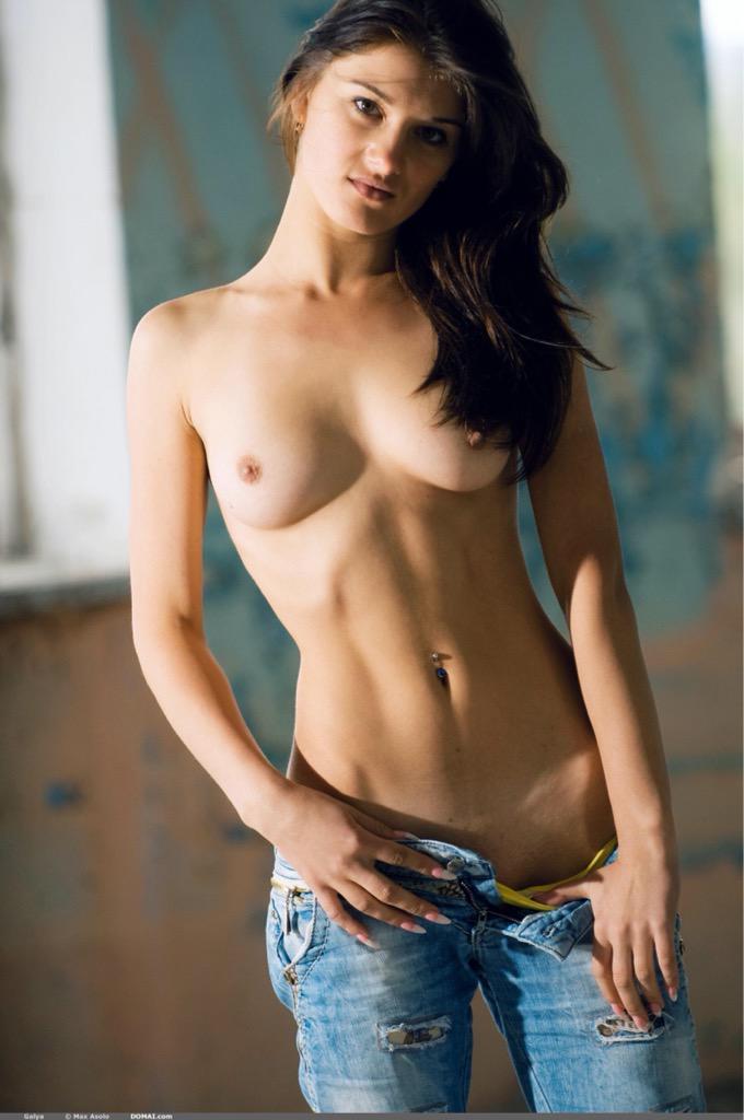 #HotGirls ������  @PornoBrazil @18_HOT_18 @PollaPrenadora @johnnywalkeryyc @Gina31fStone @lyla_belle2 @bobsbestboobs #RT http://t.co/zLg8vkRsjD