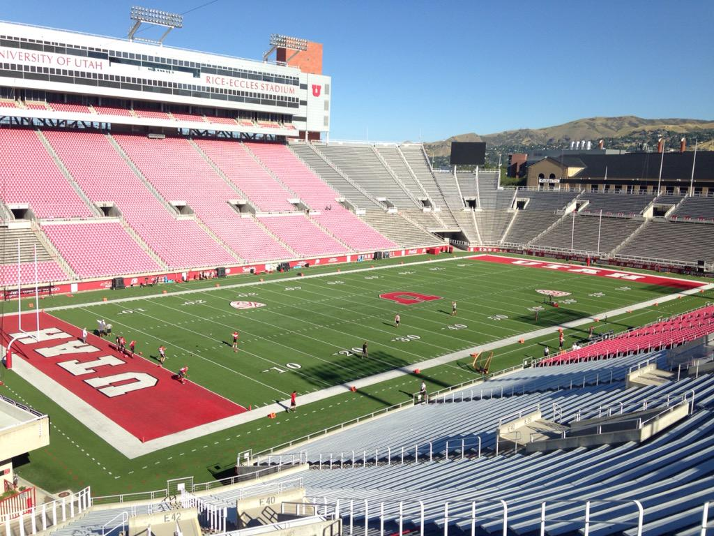 Today's office. This is a spectacular venue and I love that Utah is in this conference. #Pac12ftc http://t.co/Mita0l3Hdm
