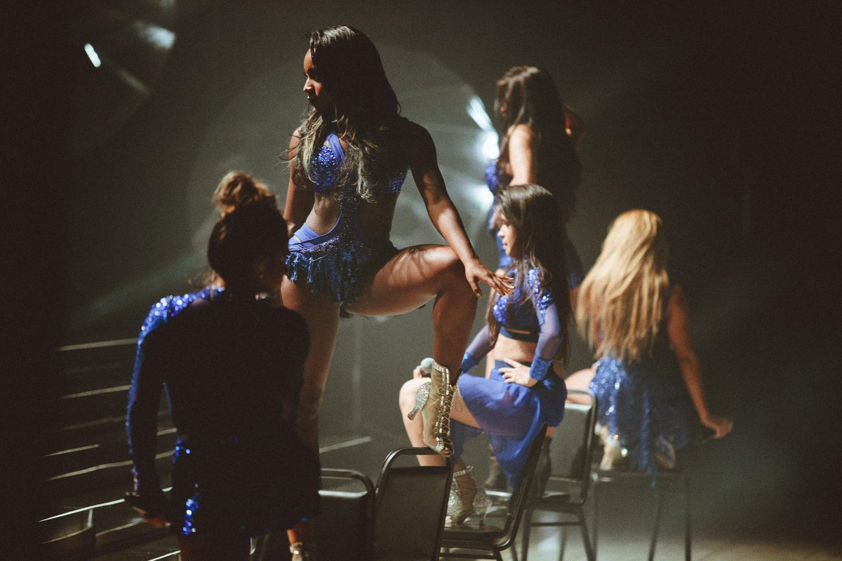 i took photos last night at a @FifthHarmony show, dang them girls can sing http://t.co/tNnpl4ZwsH