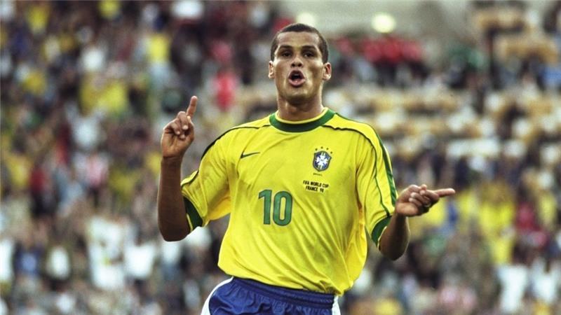 Brasile: a 43 anni Rivaldo dice addio al mondo del calcio