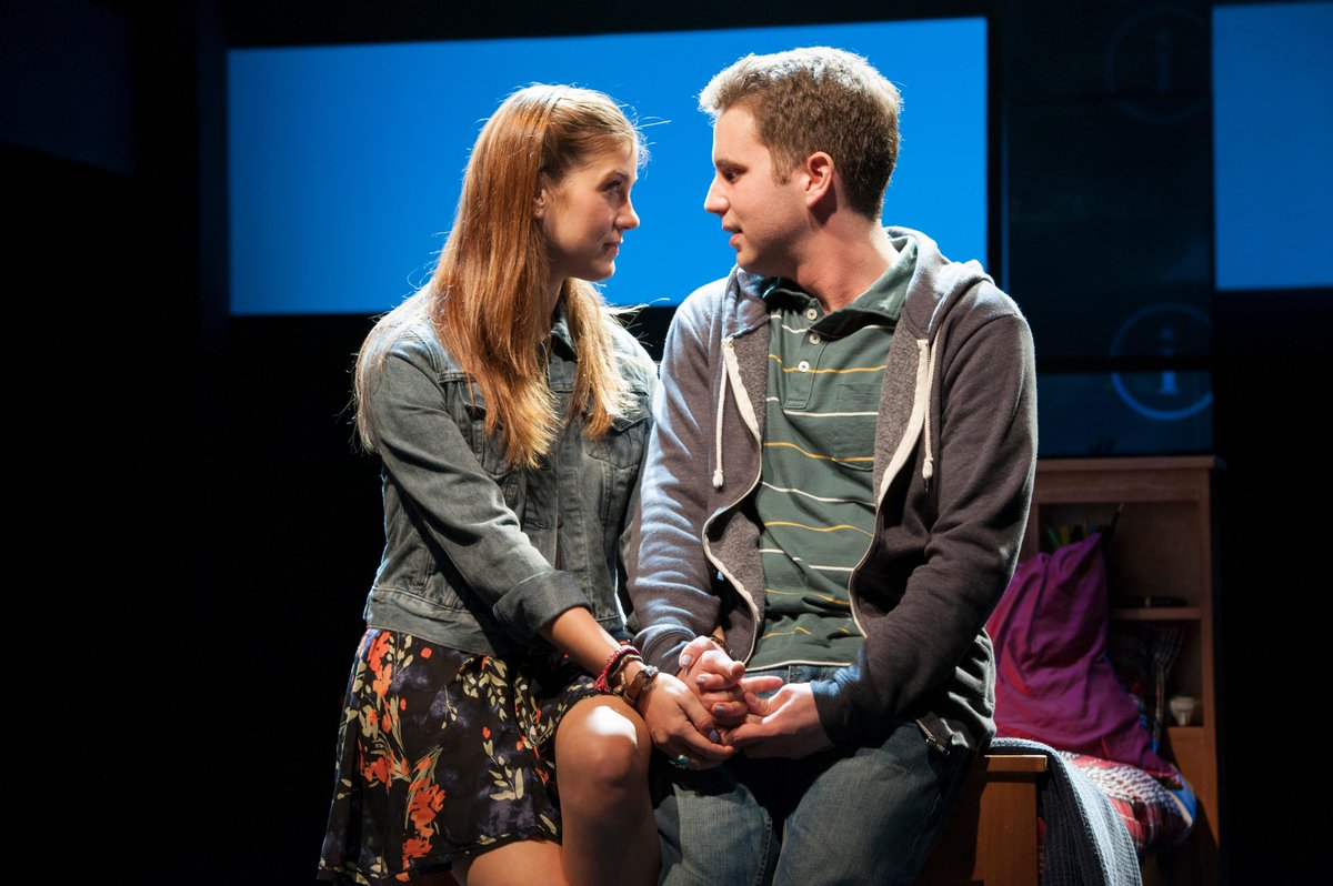 Big News! #DearEvanHansen is moving to NY. Congrats @pasekandpaul and the rest of the team - http://t.co/3r66U4wL3l http://t.co/6OJSJYBAaS