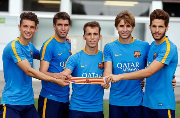 Babunski with the four other players; photo: Barcelona