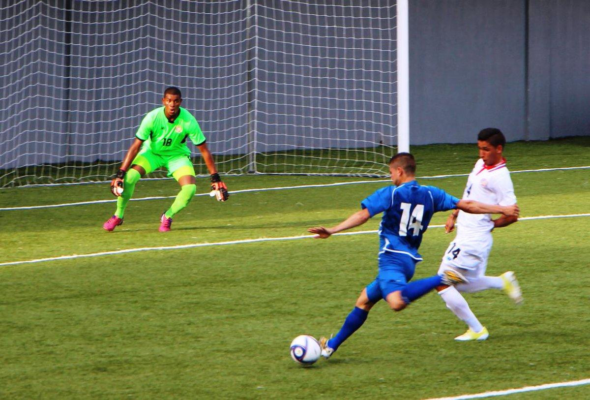 Eliminatorias UNCAF 2015 - Olimpicos Brasil 2016: El Salvador 0 Costa Rica 0. CMUrqc2UcAAhx27