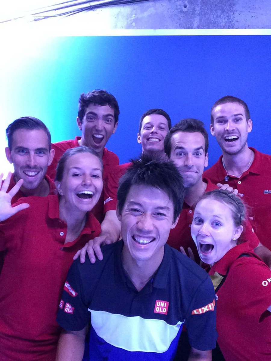 .@keinishikori loves the #TwitterMirror! :) #CoupeRogers http://t.co/rDMXIFU9TR