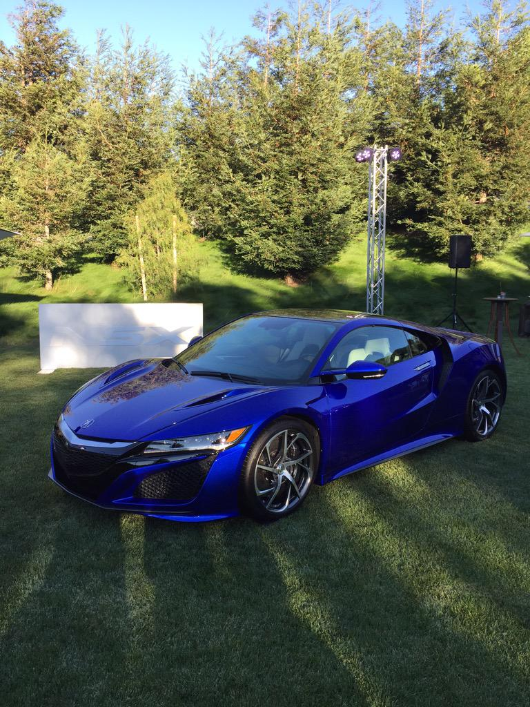 The sixth #Acura #NSX off a new assembly line. http://t.co/6xFb4SIsRW