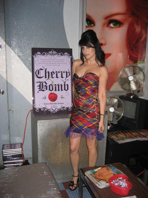 RT @CarrieABorzillo: #tbt '08 CherryBomb #book bash @BeautyBarNYC. Chapters by @dravacadell @TERA1PATRICK