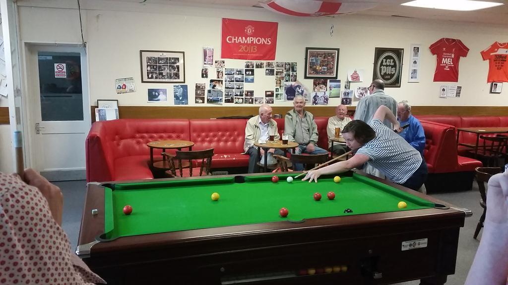 NTW pool competition is happening at Merthyr social club #NTWGreenWeek http://t.co/BQhVAMnFTM