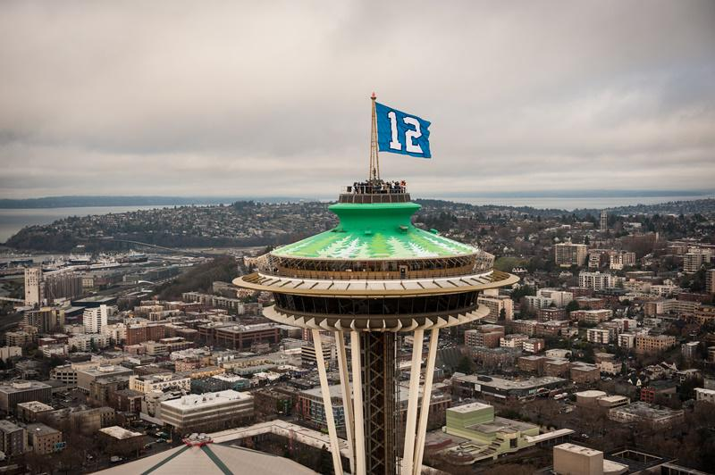 Happy #BlueFriday, Seattle!!  [photo courtesy of @space_needle] http://t.co/PPJwsTide1