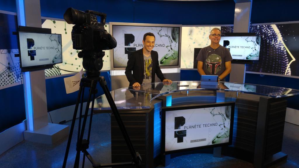 Premier tournage de #PlanèteTechno avec @DenisTalbot et @jmvanasse, diffusion le 21 août 19h! http://t.co/FQfYmluNnF