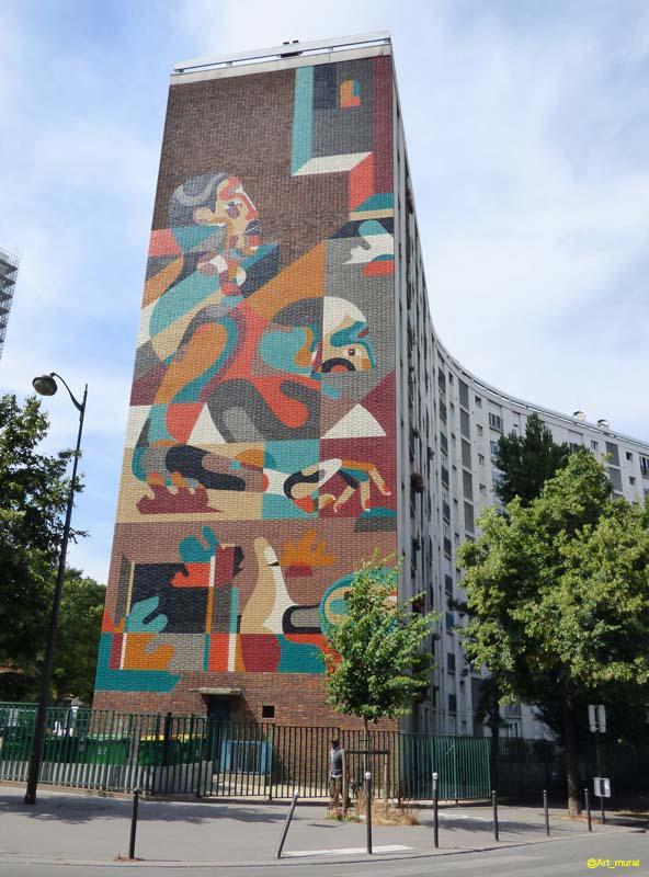 Peinture fraîche #paris13 #RekaOne avec #GalerieMATHGOTH et #mairiedu13 #jerome_coumet superbe  http://www. trompe-l-oeil.info/Murspeints/det ails.php?image_id=25319  … pic.twitter.com/SA6g5QAkzO