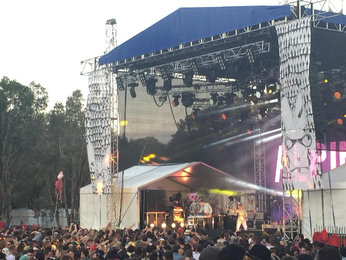 #MVAF in the heart of Maroochydore with top acts &amp; great vibe. <br>http://pic.twitter.com/H3dmJr0X7B