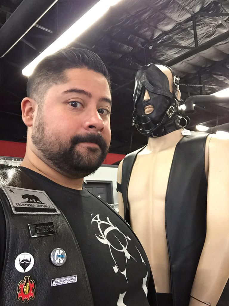 leather masters on twitter san jose leather master visiting the dallas leather masters store. Black Bedroom Furniture Sets. Home Design Ideas