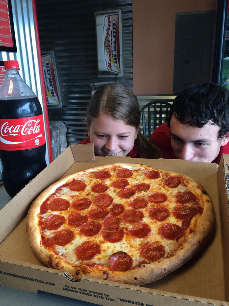 Monsters pizza hubert nc