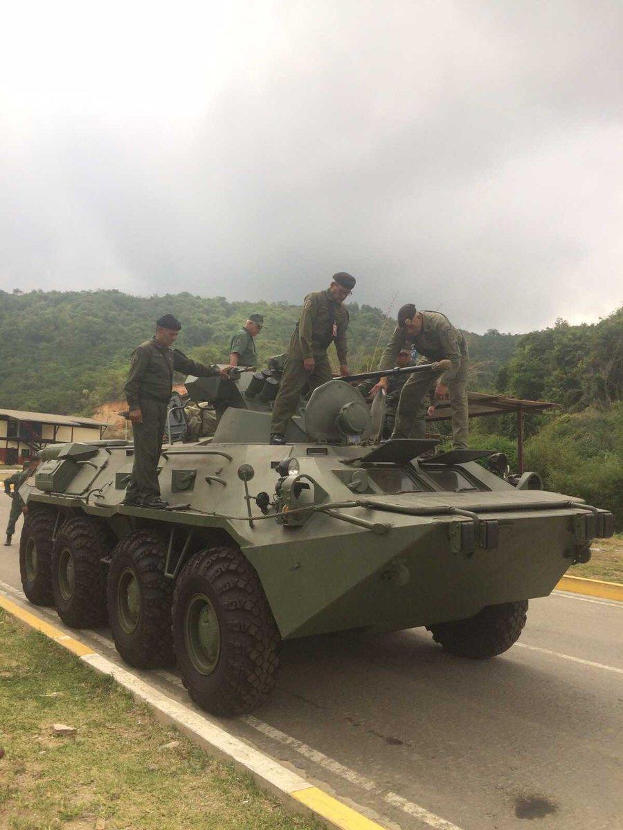 Armed Forces of Venezuela Photos - Page 2 CMdlj6hWcAEhlb7