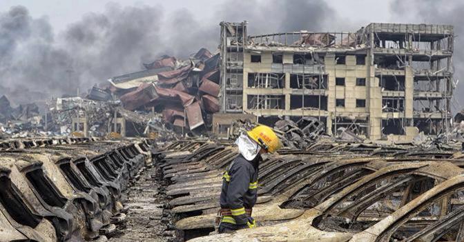 VIDEO drone post-esplosione Tianjin Cina, immagini da Film Terminator