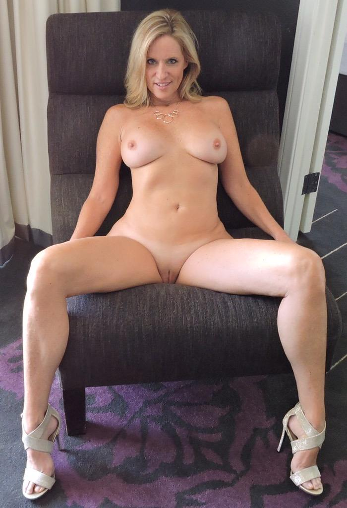 jodi west naked
