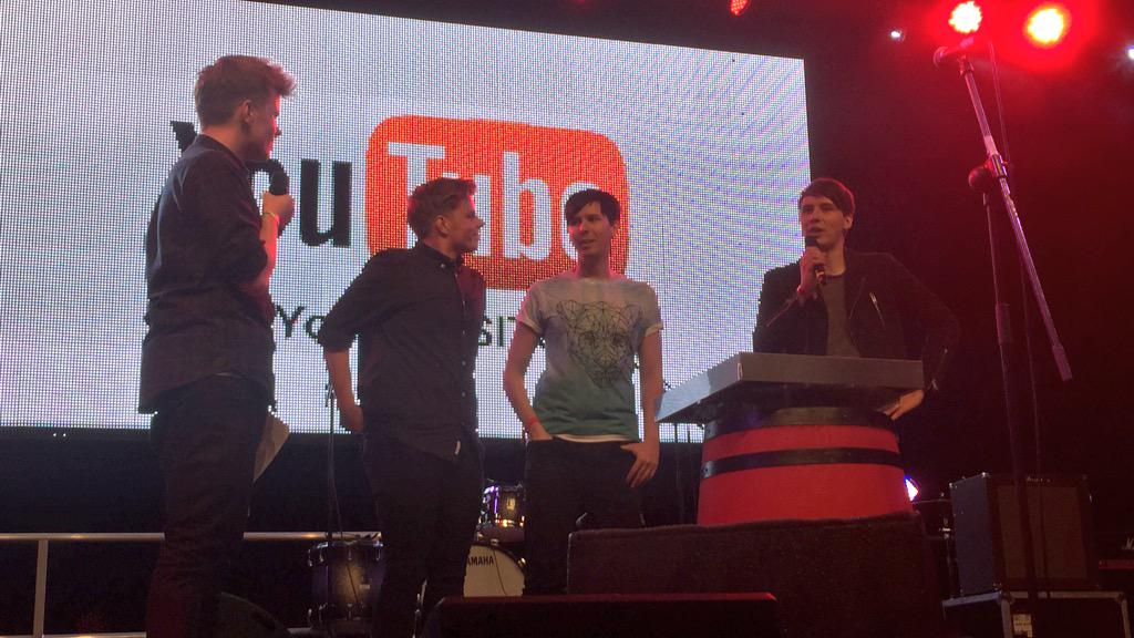 """Don't cry, craft"" - Dan and Phil take home a silver AND gold button for their craft and gaming channel!!! http://t.co/JrrC9CTLrw"