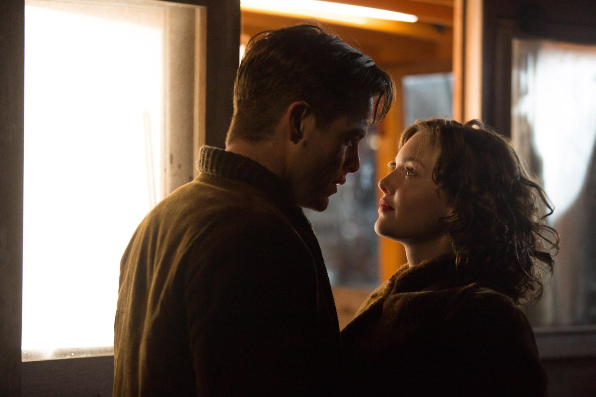 The Finest Hours [Disney - 2016] CMeCcWfVEAAKWG3