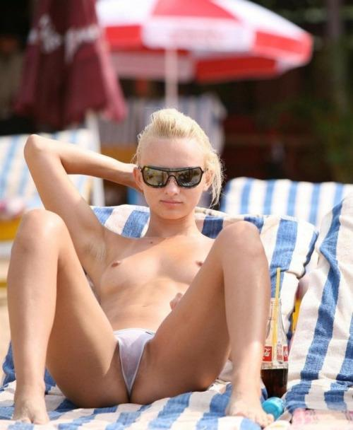 "Cameltoe Girls on Twitter: ""#cameltoe #camel #toe #bikini #nsfw ..."
