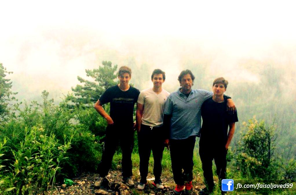 """Faisal Javed Khan On Twitter: """"Imran Khan With His Sons In"""