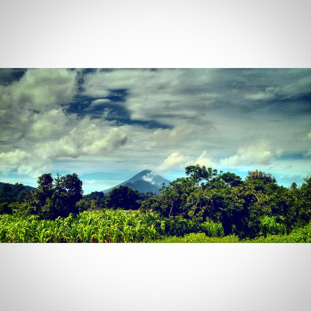 Desde el bello Chimaltengo #Guatelinda http://t.co/th2RPa0OWY