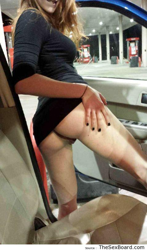 Short Skirt No Panties Public