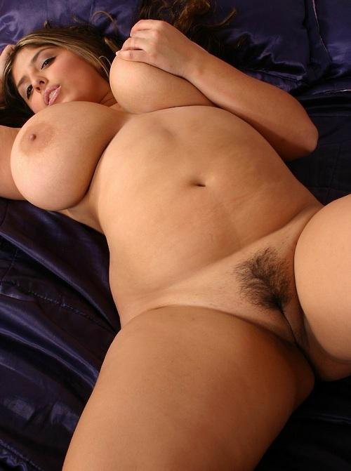 Voluptuous Kerry 109