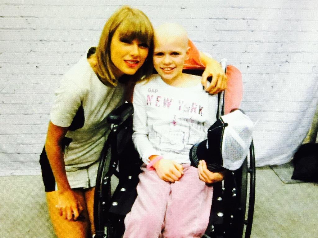 This!!! My niece is in heaven thanks to @taylorswift13. Dreams come true. Team Ryan