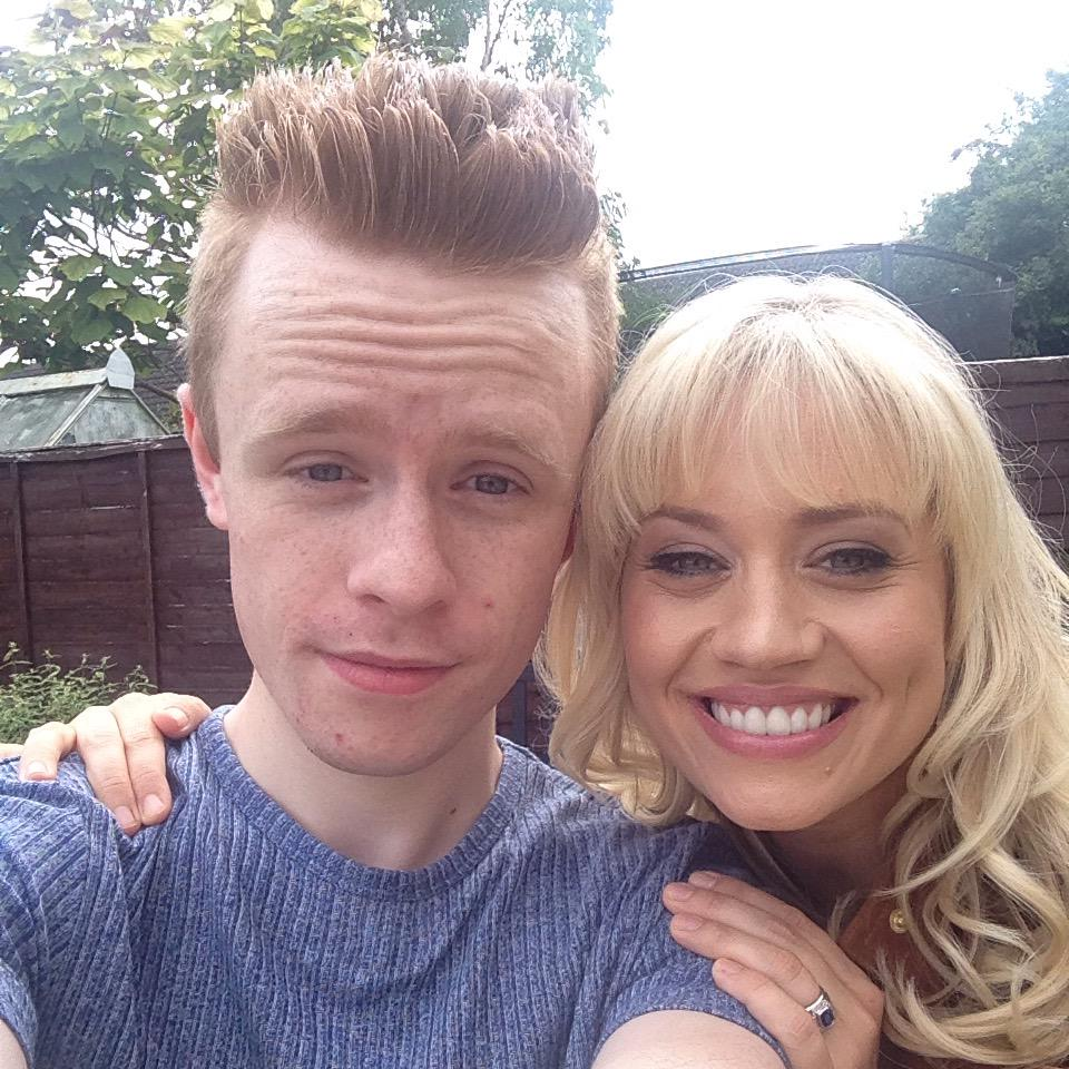 RT @Dan_Baynham95: Just casually hanging out with @KimberlyKWyatt having a BBQ at my house 😁😁❤️❤️ #WhatIsLife http://t.co/8T9uRjpeak