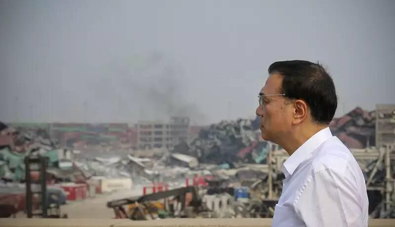 Tianjin blasts: fears of cyanide pollution as Chinese officials lambasted
