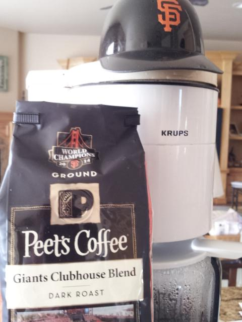 """""""The best part of waking up, is Giants in your cup."""" Let's Go @SFGiants  #sweep http://t.co/0uC6szCdQ8"""