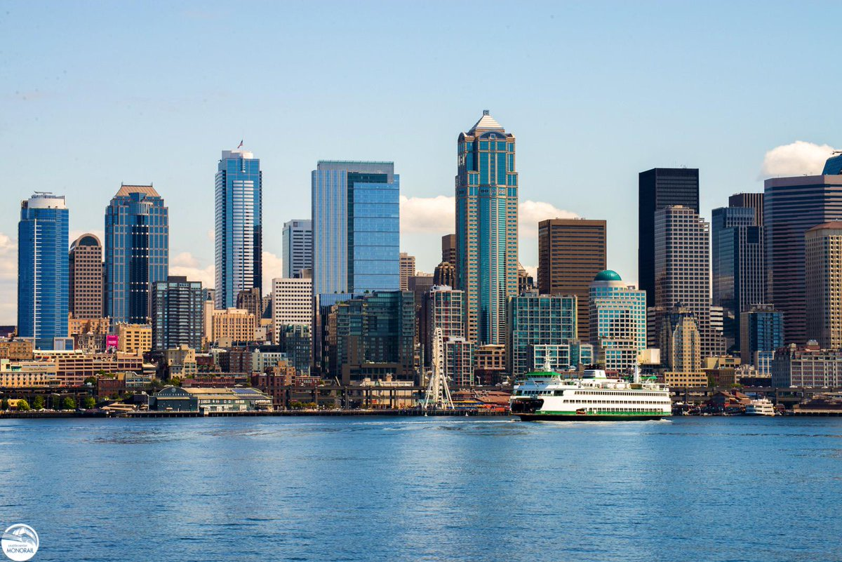 Simply Seattle. We love this view of downtown #Seattle & @wsferries! #WSFcontest http://t.co/WjM4qoi1oh