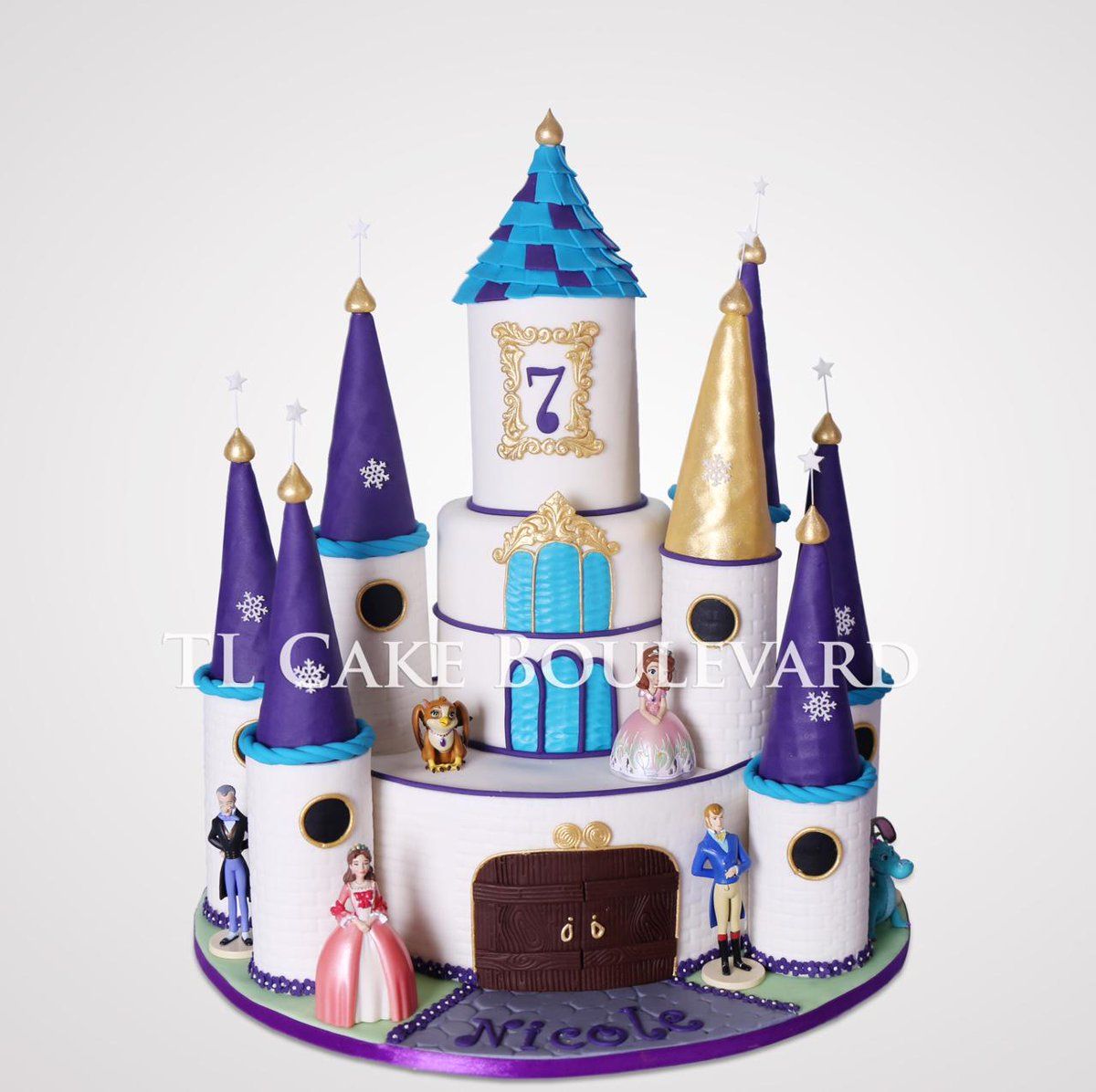 Tl Cake Boulevard On Twitter Princes Sofia The First Castle Cake