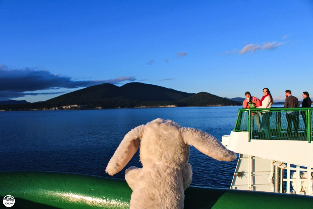 Happy we got to participate in #WSFContest - it ends today at noon! #MonorailBunny is a big fan of @wsferries :) http://t.co/ZXzc13m3eS