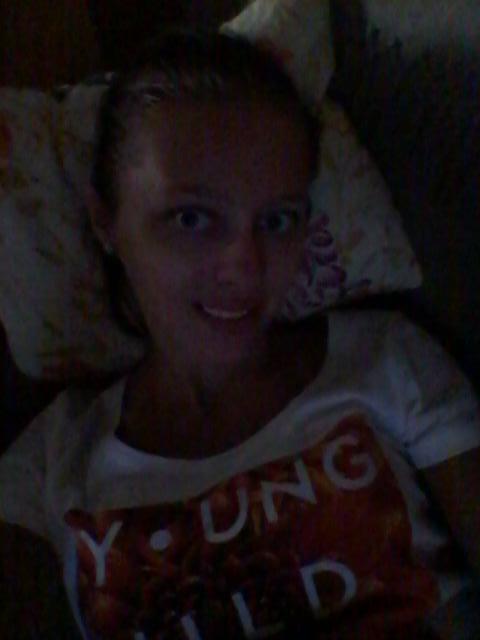 #selfie in the #dark #love #slovakgirl #uzivamsito #ludomj**e #me #happy #life #picoftheday #netrep #nespi #wakeup !pic.twitter.com/4Yk7oJN98Y