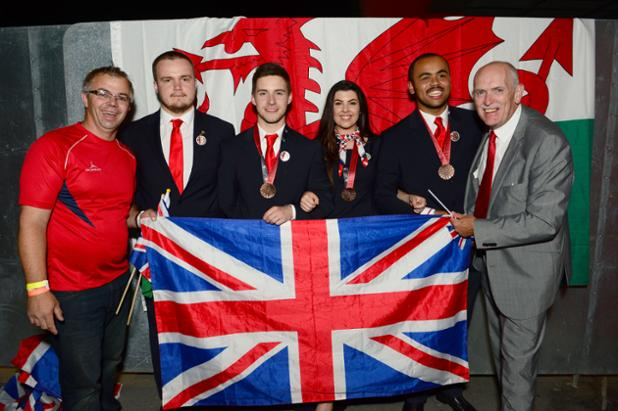 Look at our awesome #TeamWales! <3 http://t.co/Ve5J8Bk1gX