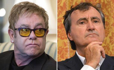 """Elton John show sul sindaco Venezia Luigi Brugnaro: """"Bigotto"""" ed """"estremamente sciocco"""""""