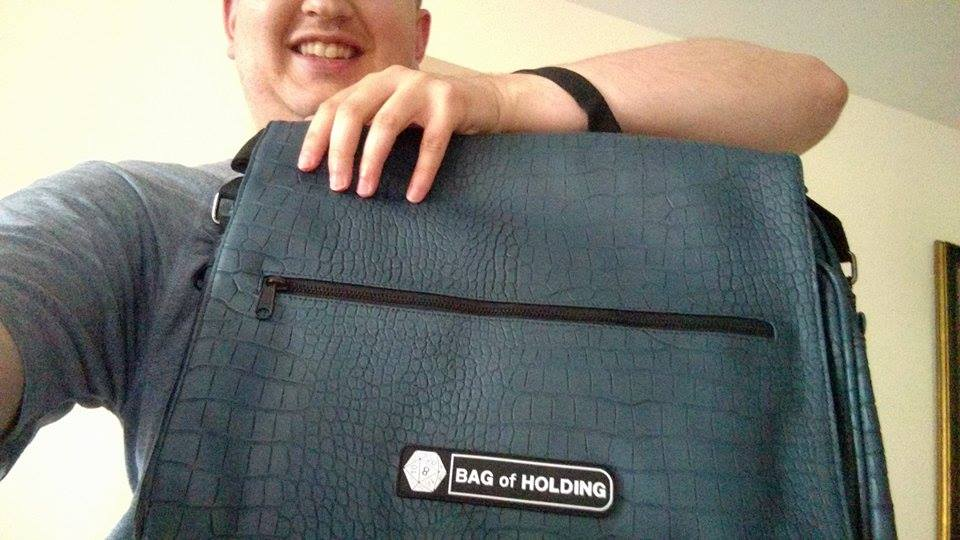 Yes, it was as awesome as I was hoping. :D #birthdaypresent #bagofholding #holdallthethings pic.twitter.com/NlhEsceJz3