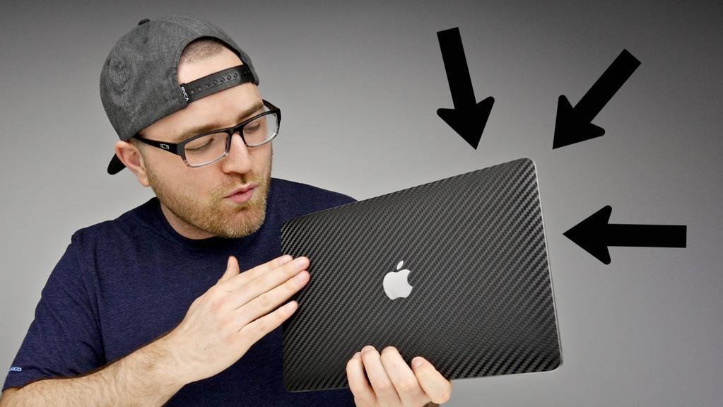 Oh ya, gotta pick a winner for this 12-inch Macbook… RT if you've entered! youtu.be/ot18jTYuguc