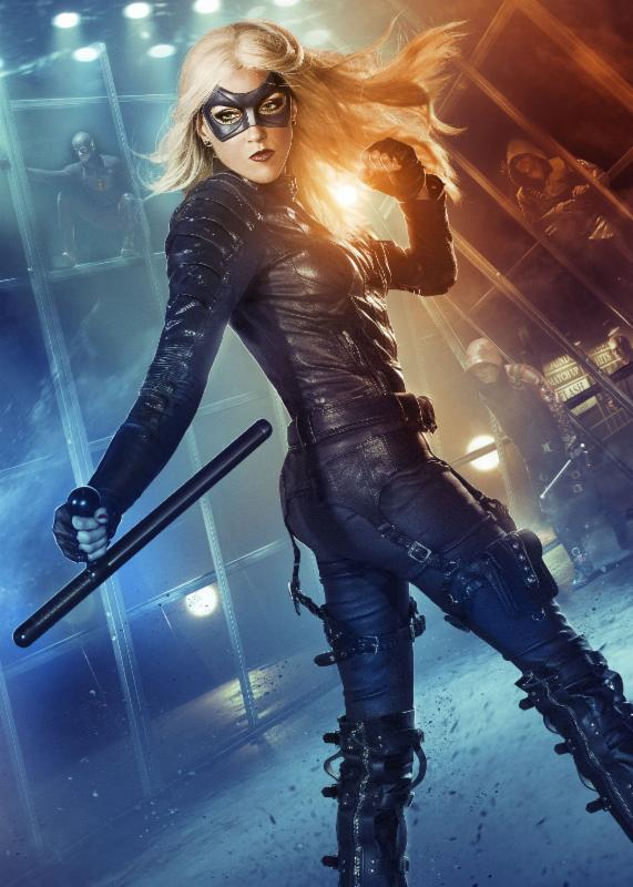 @cw_arrow Media Guests @mzkatiecassidy and @paulblackthorne Come to @baltimorecomics #bcc2015 http://t.co/ZWFDkPAe4m http://t.co/07UVLIbnHi