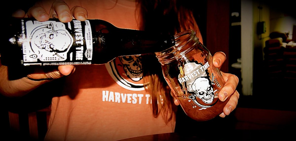 It's Harvest Time! Pouring at the Big Boss Taproom on Tuesday 8/18, 3pm. #pumpkinbeer #drinklocal #fearthereaper http://t.co/dvMGTsAu8o