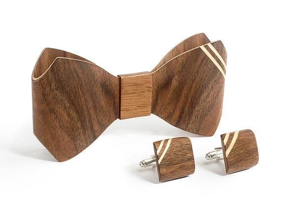 994c4ec2e45 BUG Wooden Accessories 3D wooden bowties, cufflinks and sets available at  Krunnipea. #wooden #bowties #3dties pic.twitter.com/KMDPvzZxB9